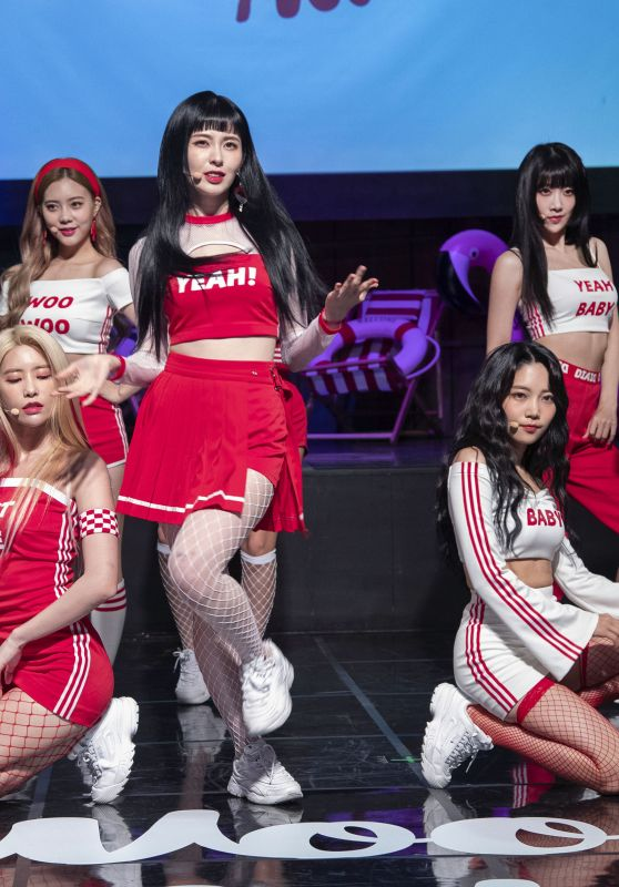 "DIA - 4th Mini Album ""Woo Woo"" Show Case in Seoul 08/09/2018"