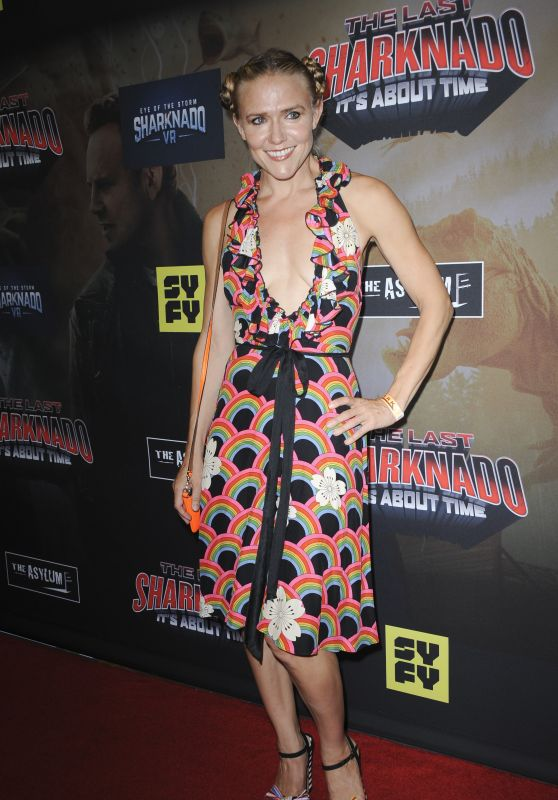 "Dominique Swain – ""The Last Sharknado: It's About Time"" Premiere in LA"