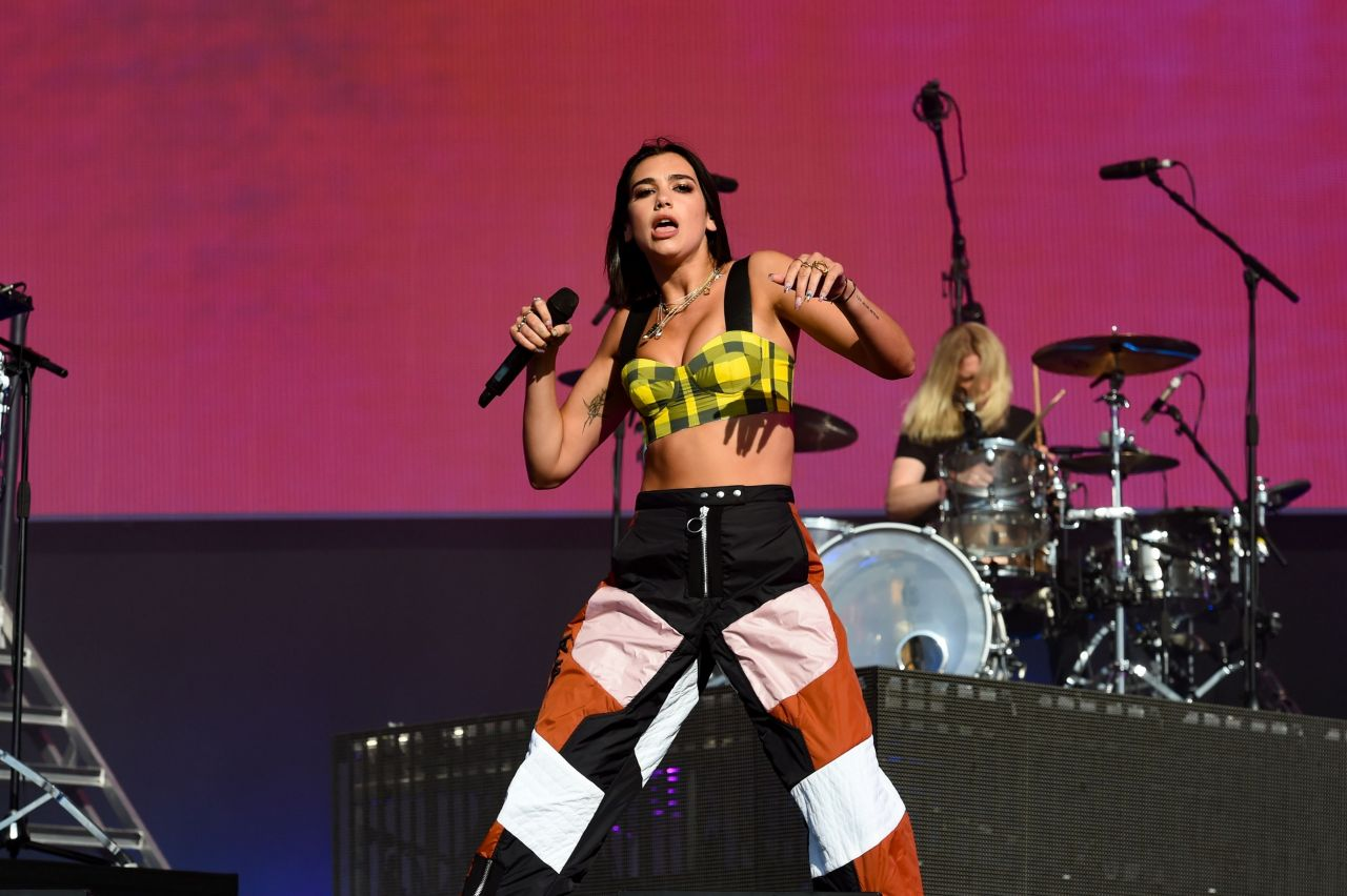 Dua Lipa Performs At Reading Festival 2018