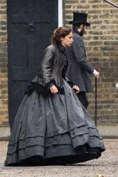 """Felicity Jones - Films a Scene for """"Aeronauts"""" in Waterloo 08/09/2018"""