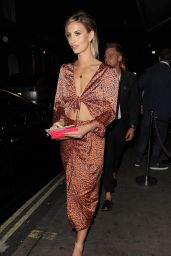Ferne McCann - Celebrating Her 28th Birthday With Friends At Mayfair