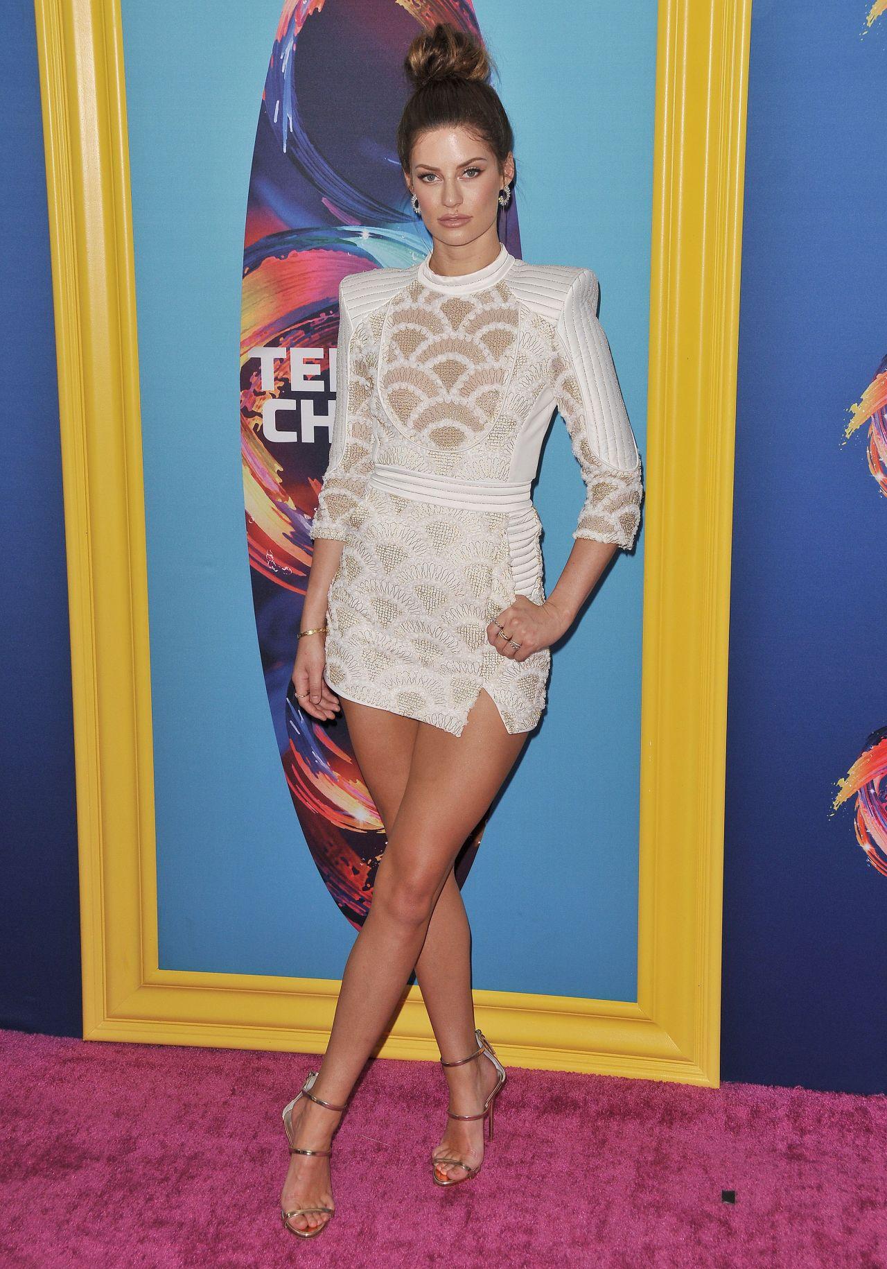Hannah Stocking  Teen Choice Awards 2018-3317