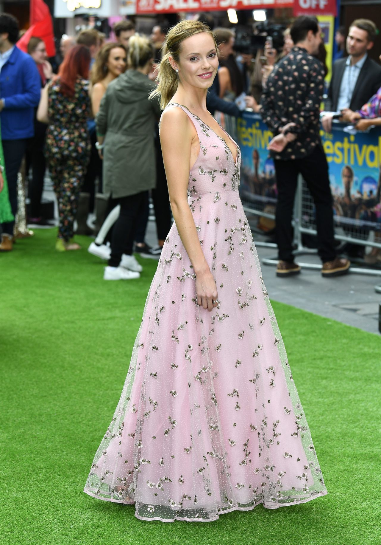Kara tointon hannah tointon twilight song held at the park theatre in london new photo