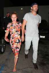 Hayden Panettiere Leaves Restaurant With Male Companion in Hollywood 08/02/2018