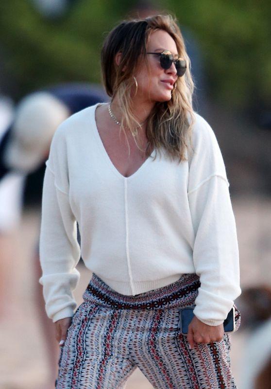 Hilary Duff - Walking on the Beach in Maui 08/02/2018