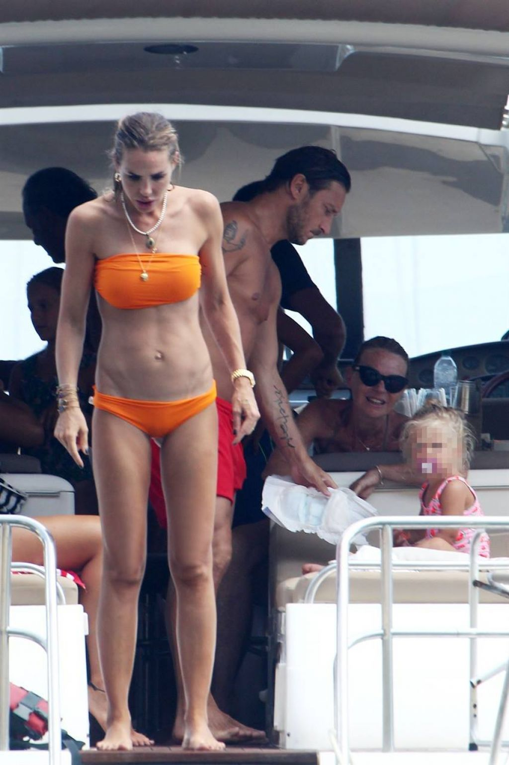 Ilary Blasi In Bikini Holiday In Ponza August 2018