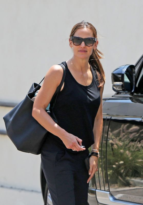 Jennifer Garner - Out in Los Angeles 08/16/2018