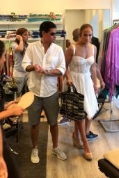 Jennifer Lopez - Shopping in Capri 08/07/2018