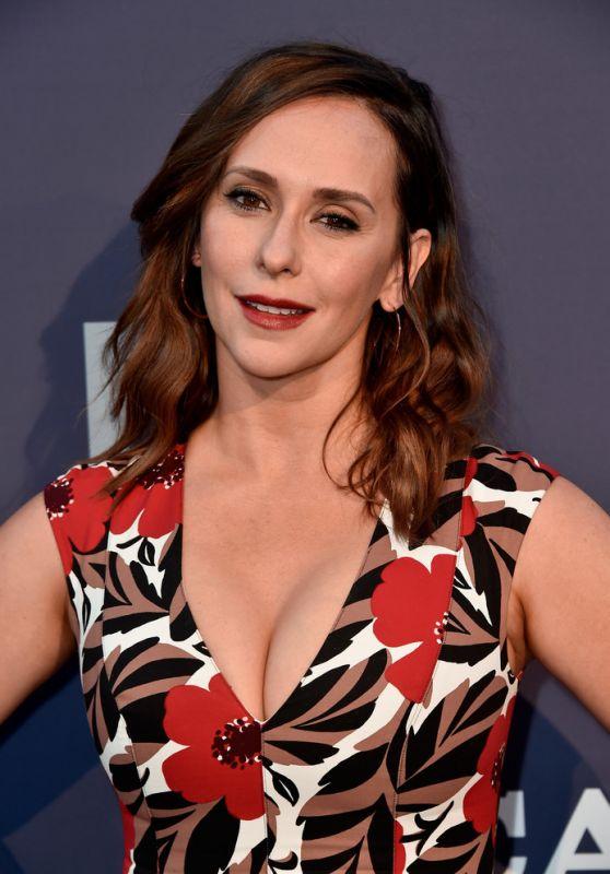 Jennifer Love Hewitt - FOX Summer TCA 2018 All-Star Party in West Hollywood