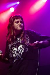 Jess Smyth (Biig Piig) Performing Live at Kentish Town Forum in London 08/20/2018