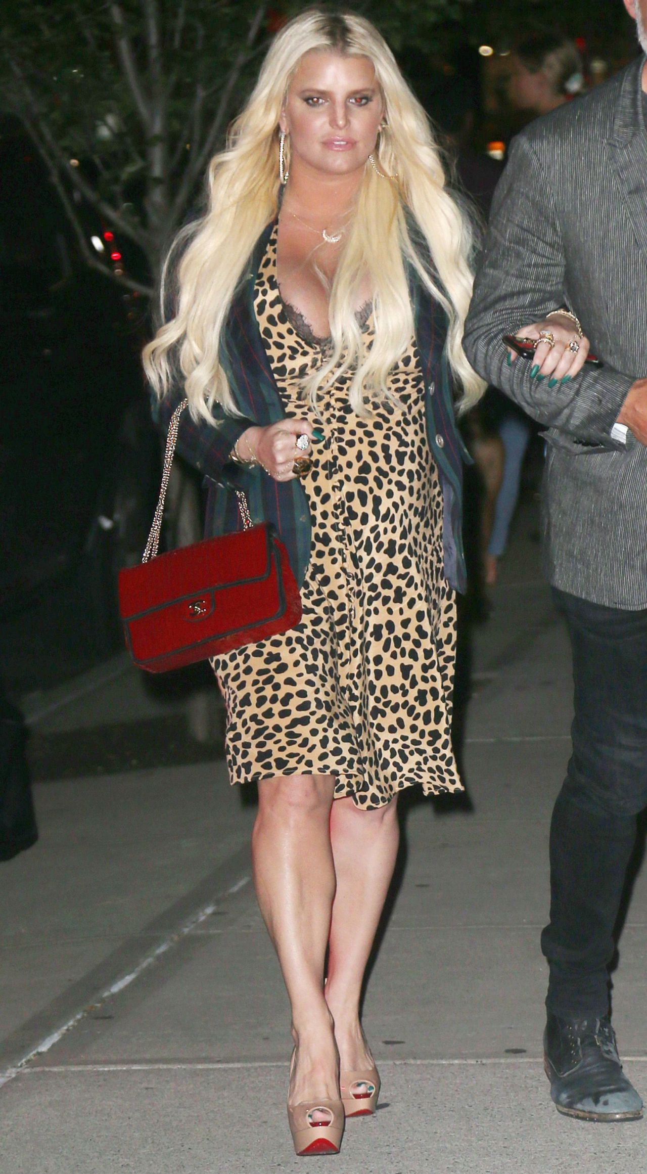 Jessica Simpson Out In New York City 07 31 2018