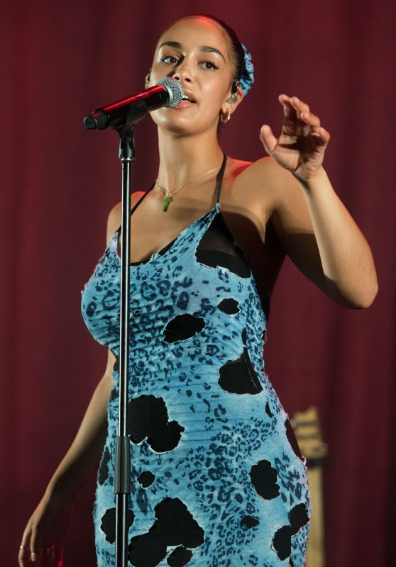 Jorja Smith - Performs at Bestival in Lulworth 08/03/2018