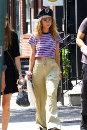 Juno Temple Casual Style - NYC 08/26/2018