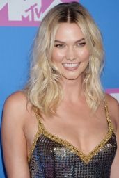 Karlie Kloss – 2018 MTV Video Music Awards