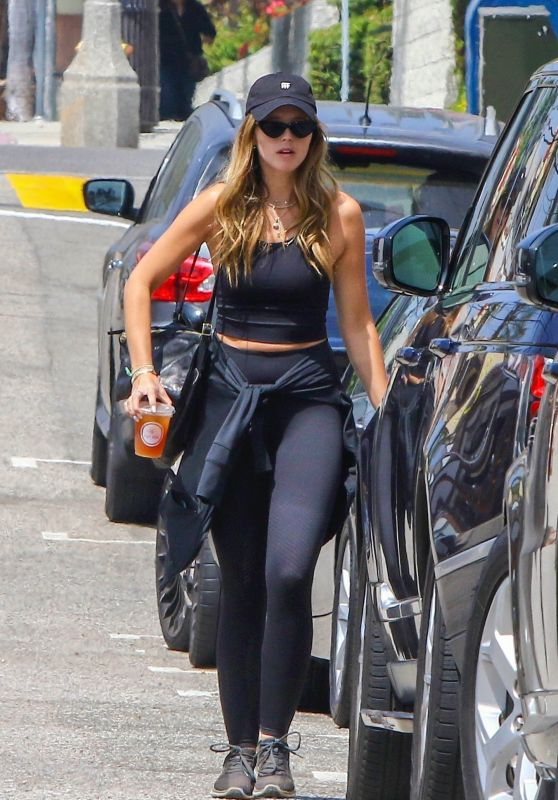 Katherine Schwarzenegger Street Style - Los Angeles 08/19/2018