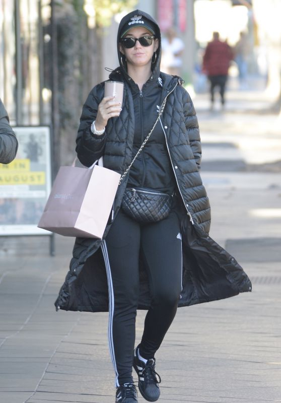 Katy Perry - Shopping on Oxford Street in Sydney 08/15/2018
