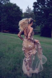 Kelsea Ballerini - Personal Pics August 2018