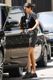 Kendall Jenner - Heads to Lunch at Alfred