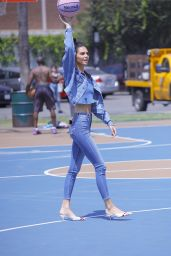 Kendall Jenner Street Style - Los Angeles 08/21/2018