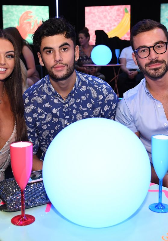 """Kendall Rae-Knight – """"Love Island The Reunion"""" TV Show S4 in London"""