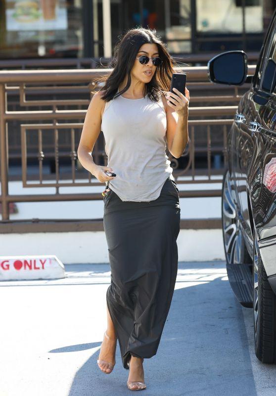 Kourtney Kardashian - Out in WeHo 08/07/2018
