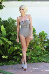 Kristin Chenoweth - Photoshootin Beverly Hills 08/28/2018