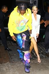 Kylie Jenner - Returns to Her Hotel After Attending the MTV VMA