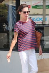 Lara Flynn Boyle in Casual Outfit - Los Angeles 08/26/2018