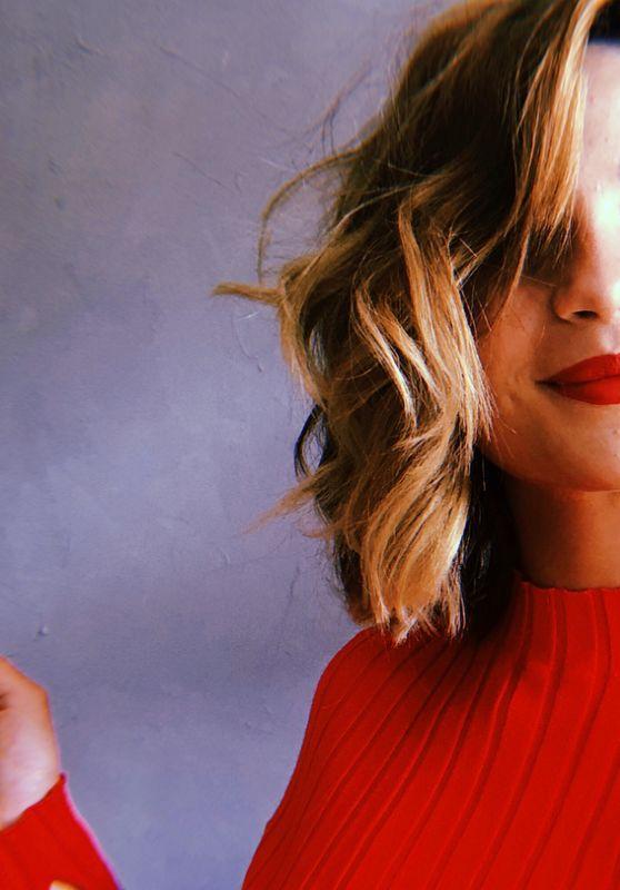 Lisa-Marie Koroll - Personal Pics 08/28/2018