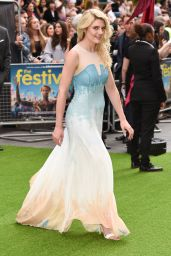 "Lizzy Connolly – ""The Festival"" Premiere in London"