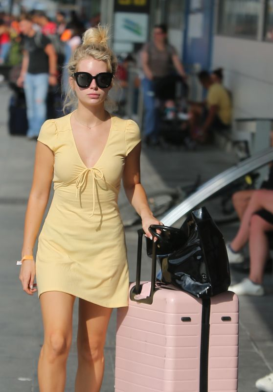 Lottie Moss and Danyul Brown at Ibiza Airport, August 2018
