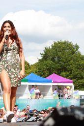 Mabel McVey Performs at Brighton Pride Preston Park in Brighton 08/04/2018