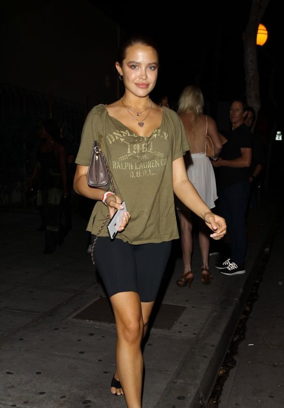 Mara Teigen - Leaving Delilah in West Hollywood, July 2018