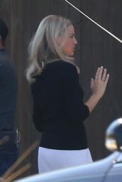 "Margot Robbie - ""Once Upon A Time In Hollywood"" Set in Los Angeles 08/07/2018"