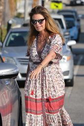 Maria Shriver in Summer Dress - Brentwood 08/28/2018