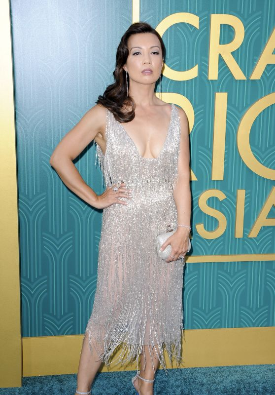 """Ming-Na Wen – """"Crazy Rich Asians"""" Premiere in LA"""