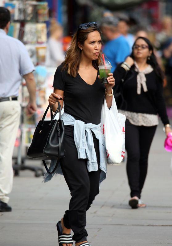 Myleene Klass - Sipping on Her Juice Drink in London