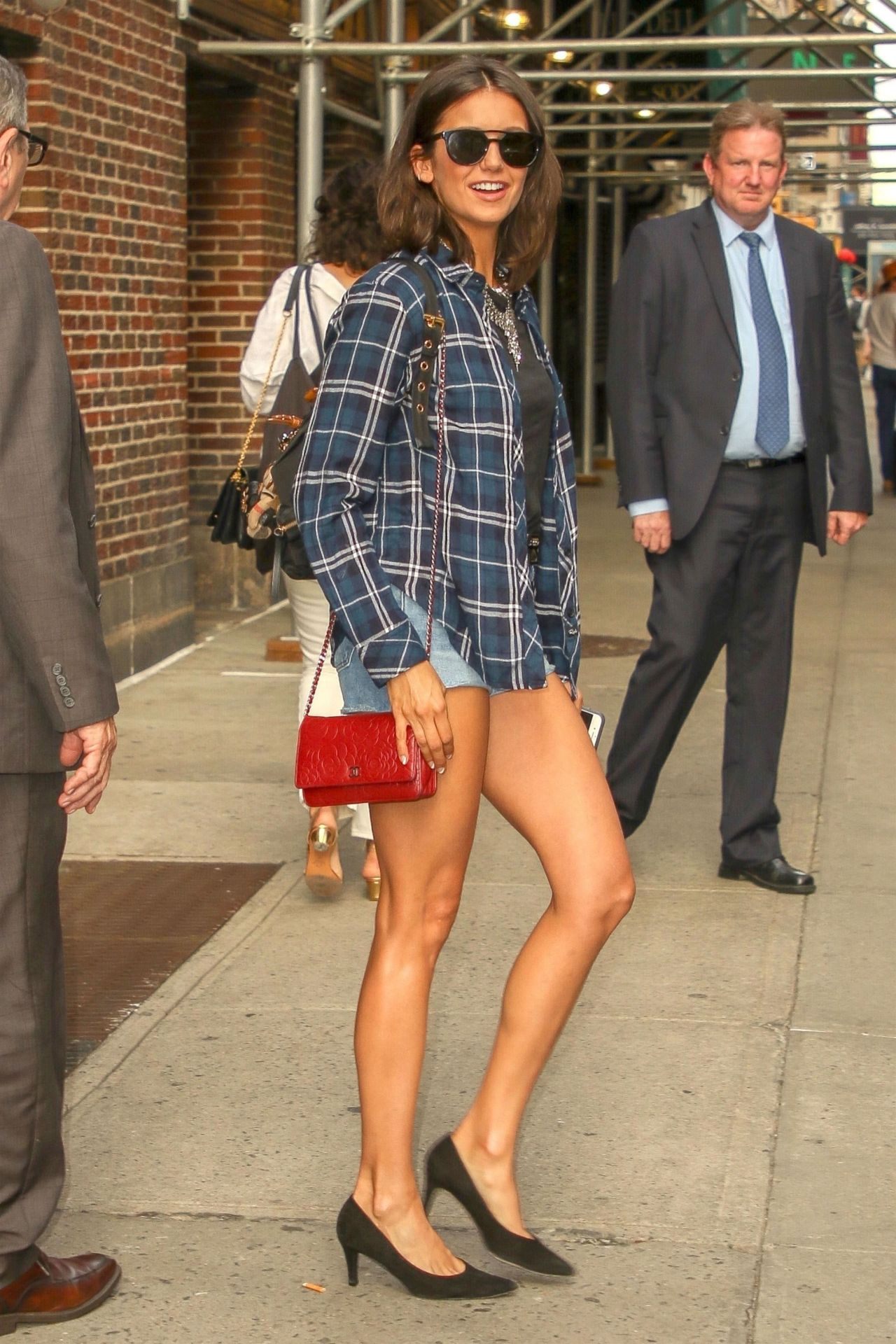 https://celebmafia.com/wp-content/uploads/2018/08/nina-dobrev-leaves-the-late-show-with-stephen-colbert-08-08-2018-12.jpg