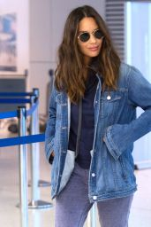 Olivia Munn - Catches a flight Out of JFK in NYC 08/21/2018