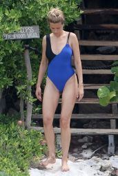 Petra Nemcova in Swimsuit in Cancun 08/08/2018