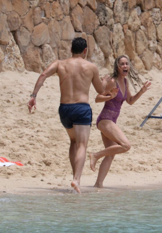 "Radha Mitchell in Swimsuit - Final Scenes for ""2 Hearts"" Filming on a Beach in Honolulu"