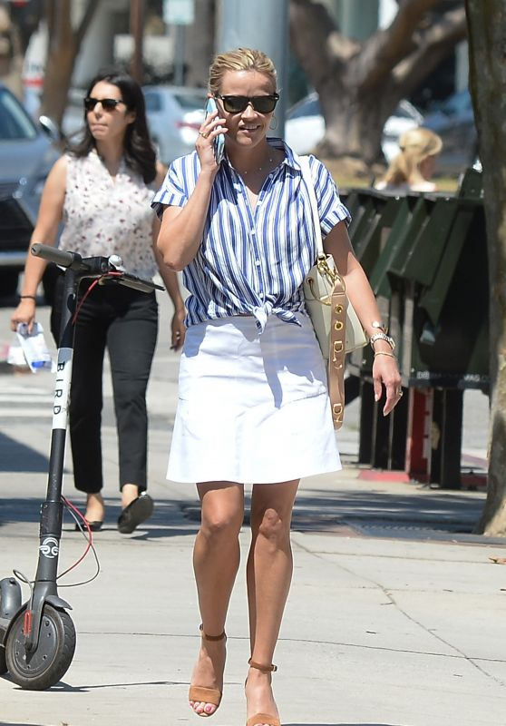 Reese Witherspoon - Out in Los Angeles 08/03/2018