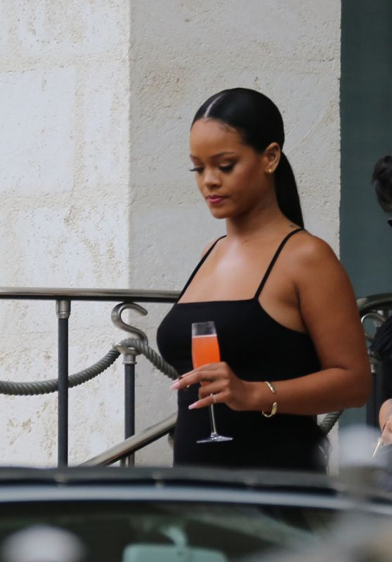Rihanna - Leaving Her Villa in Barbados 08/19/2018