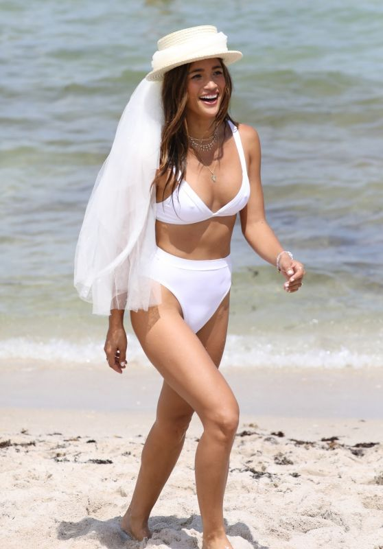 Rocky Barnes - Bikini Photoshoot in Miami Ahead of Her Wedding 08/11/2018