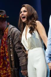 "Samantha Barks - ""Pretty Woman"" Musical Tribute Performance in New York 08/02/2018"