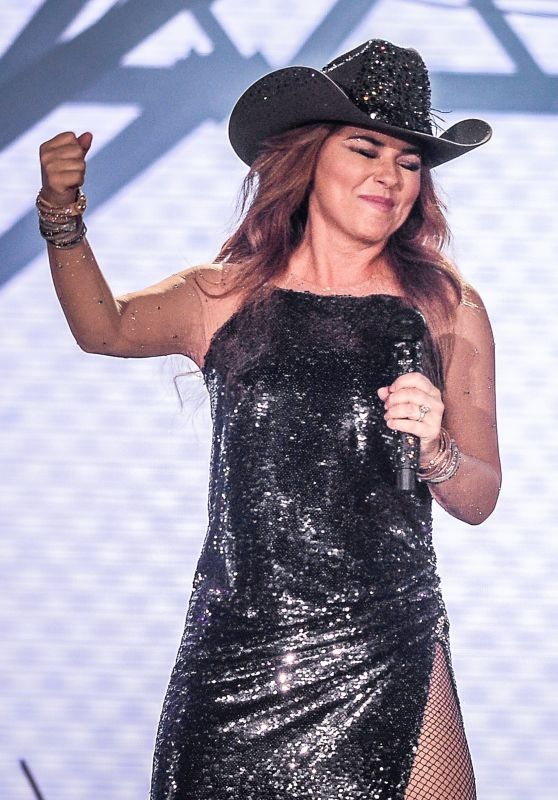 Shania Twain Performs at the Cowboy Festival of Barretos in Sao Paulo 08/19/2018