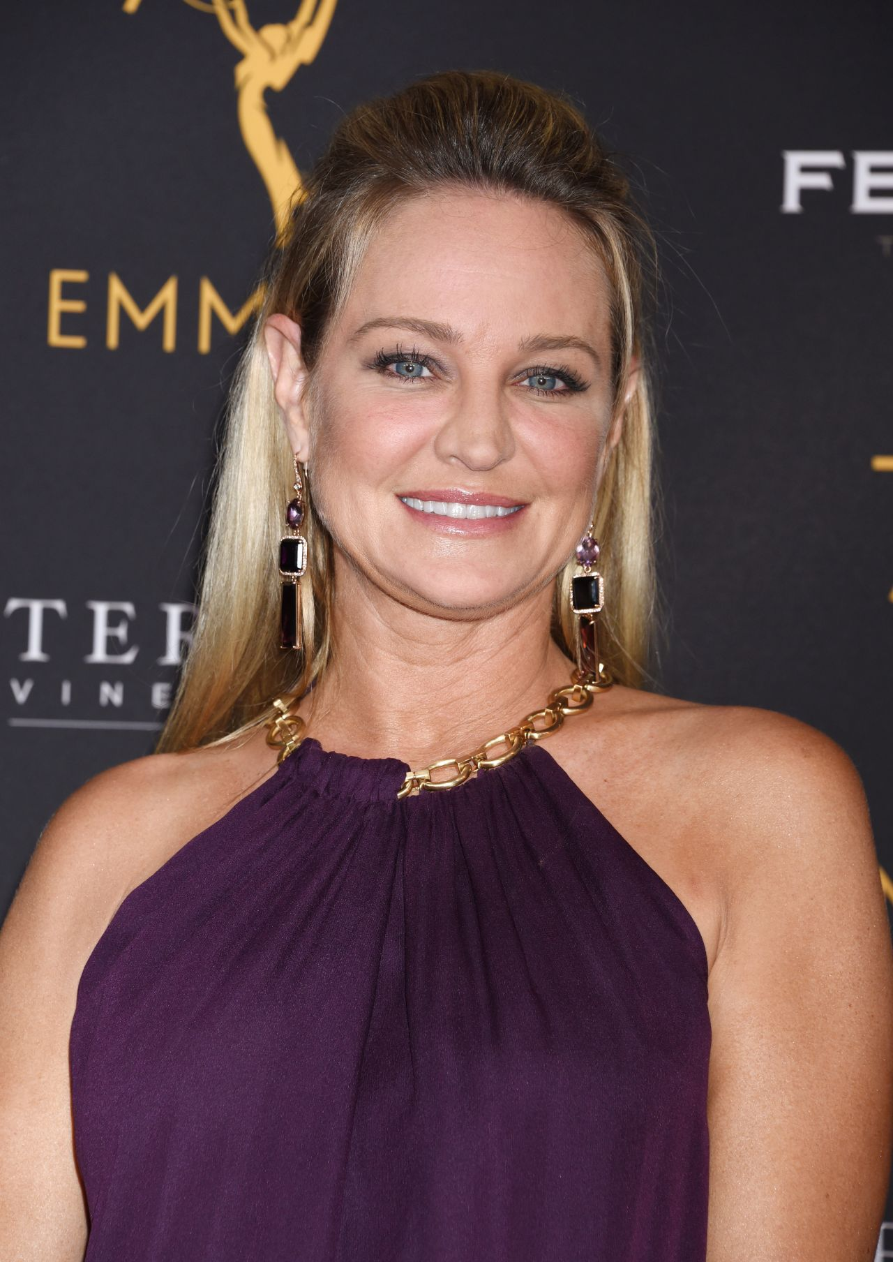 photo Sharon Case