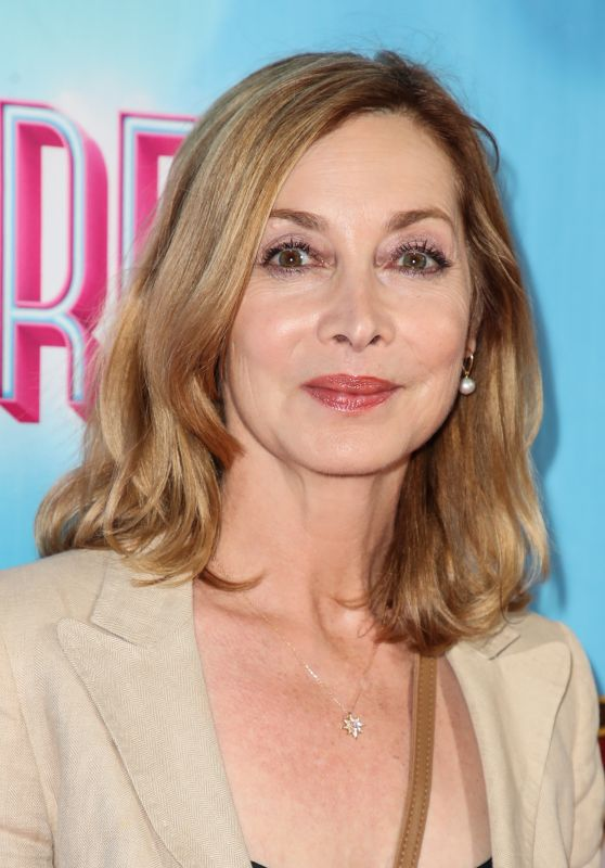 "Sharon Lawrence – ""Waitress"" Premiere in LA"