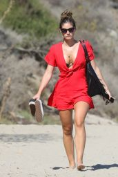 Shauna Sexton in Bikini at the Beach in Malibu 08/22/2018