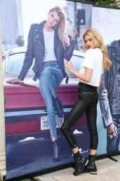 Stella Maxwell - x 7 For All Mankind Fall Winter 2018 Launch Dinner in LA